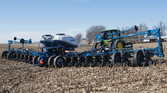 Let the proven Ag Leader® Integra control your Kinze 4900 planter!